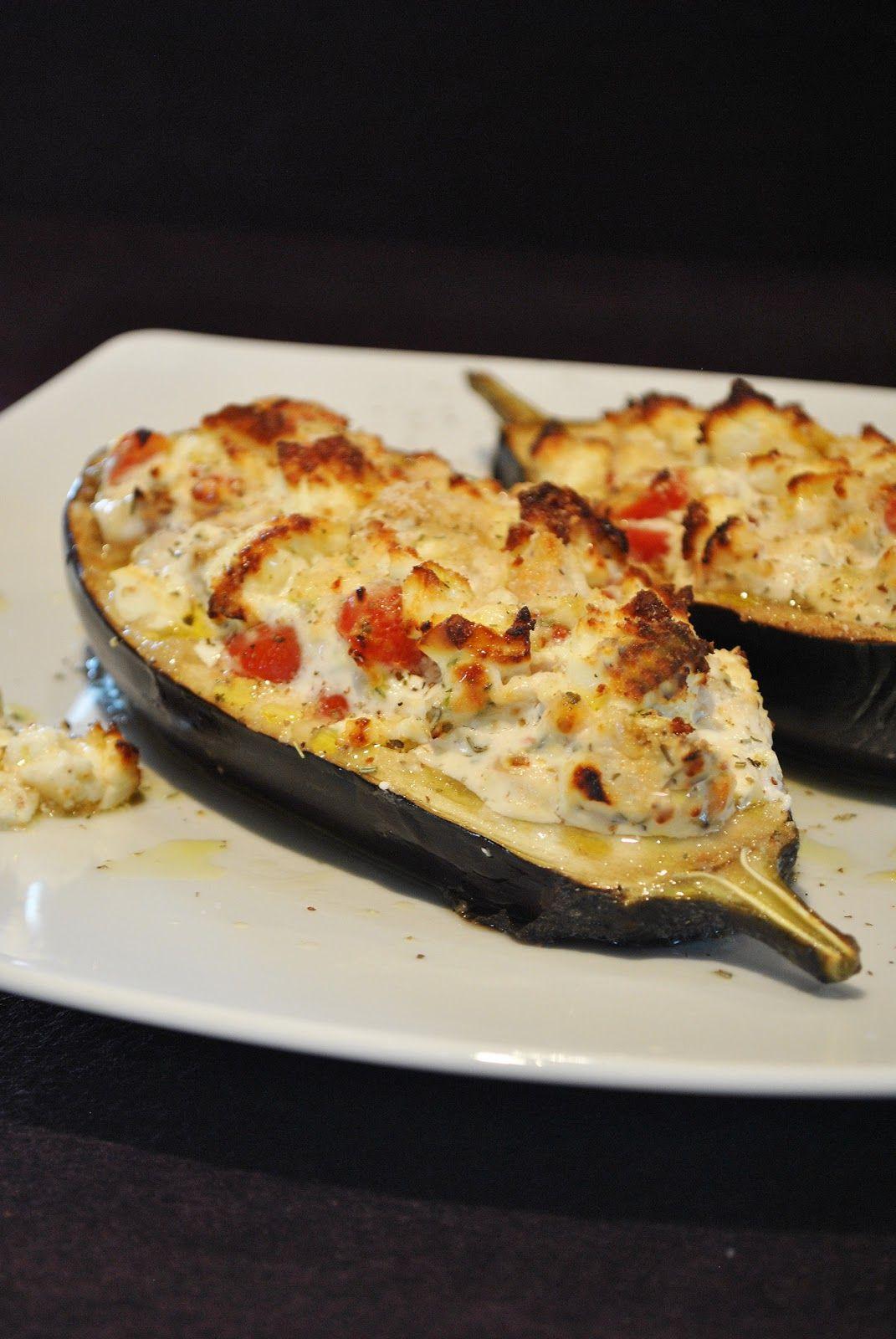 Gefüllte Aubergine mit Tomaten & Schafskäse | Cooking ...