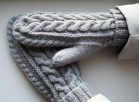теплые варежки с косами рукоделие вязать варежки вязание и
