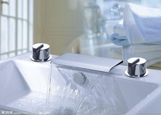 Chrome Waterfall Roman Tub Faucet Modern Bathroom