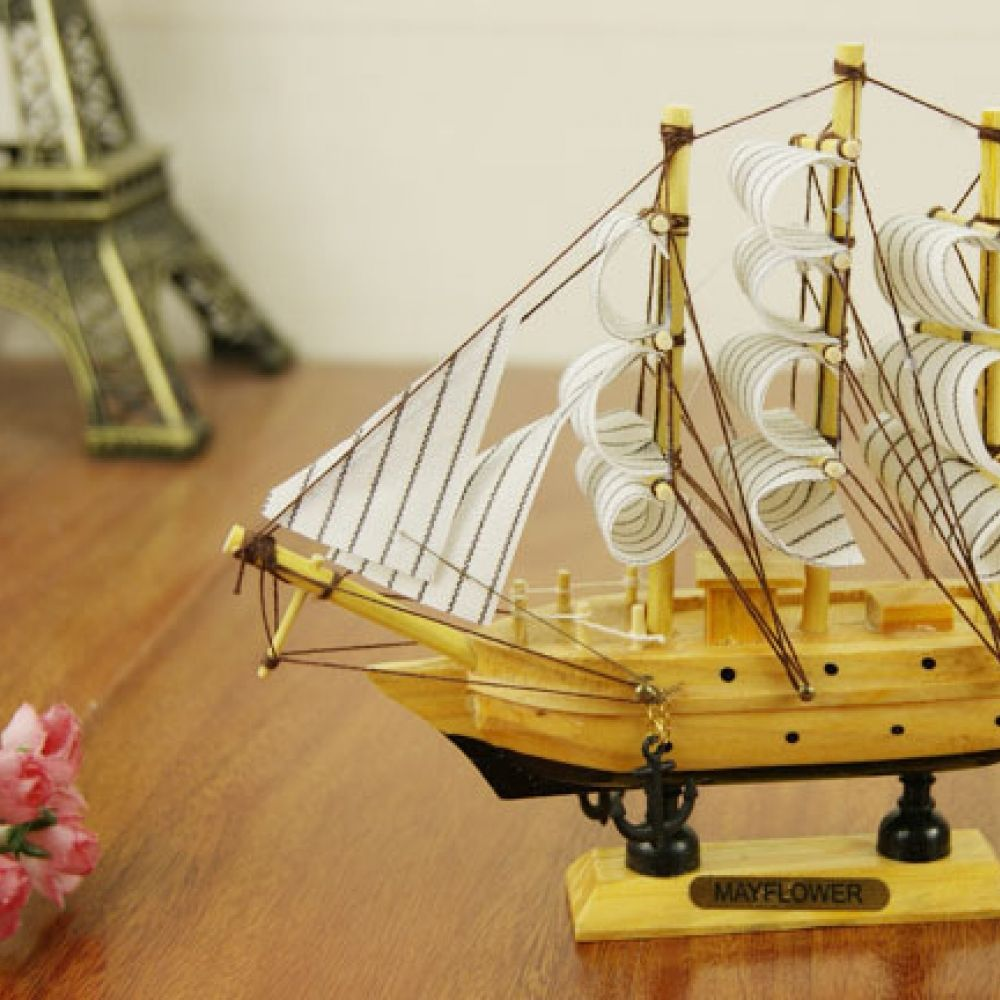 20cm Handmade Ship Craft Wooden Sailing Boat Wood Sailboat Model Nautical Decoration Home Decor