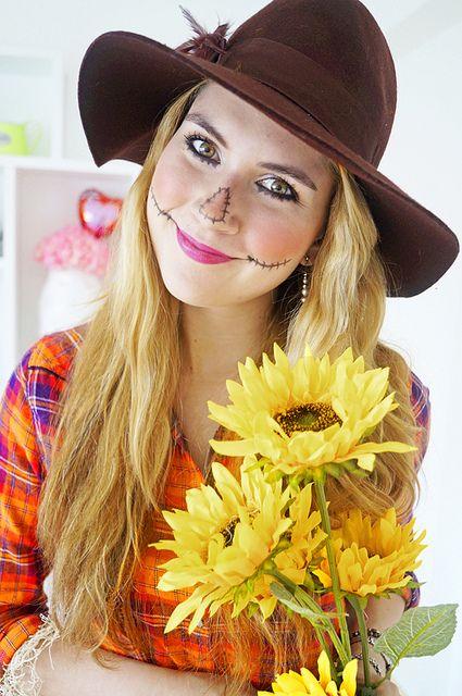 The Joy of Fashion Halloween Easy Scarecrow Costume halloweeb - scarecrow halloween costume ideas