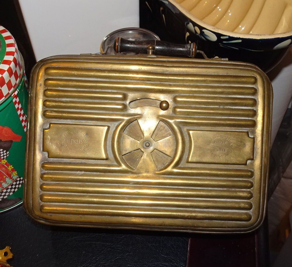 brocante buitenkeuken : French Vintage Brass Carriage Foot Warmer Stoker French Brocante