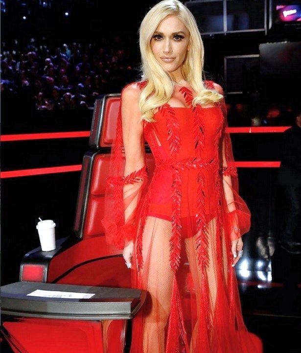 Gwen Stefani Flaunts Vegan Diet Weight Loss Is Not Pregnant Based