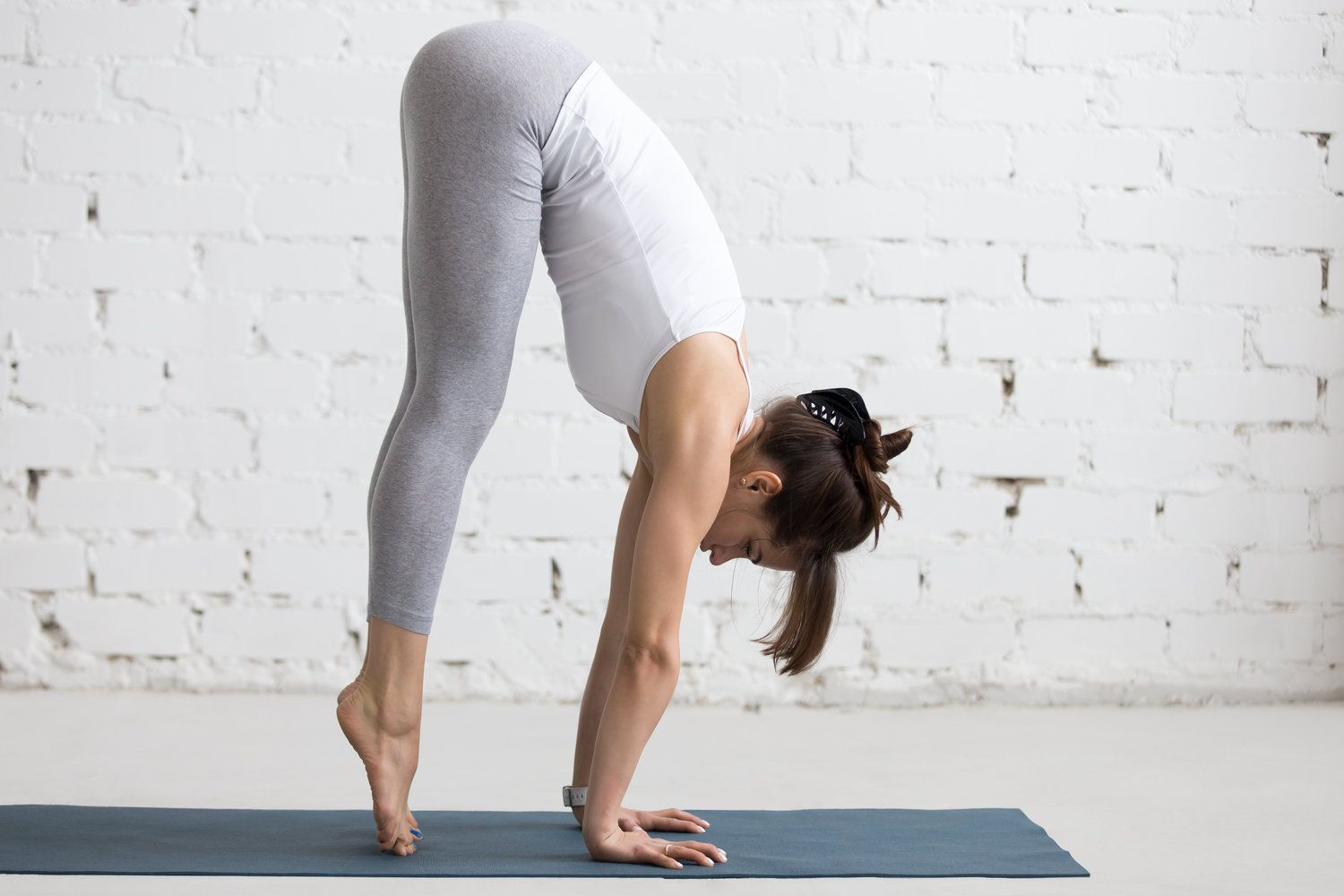 7 Yoga Poses To Learn Arm Balances — LanaiFit in 2020 ...