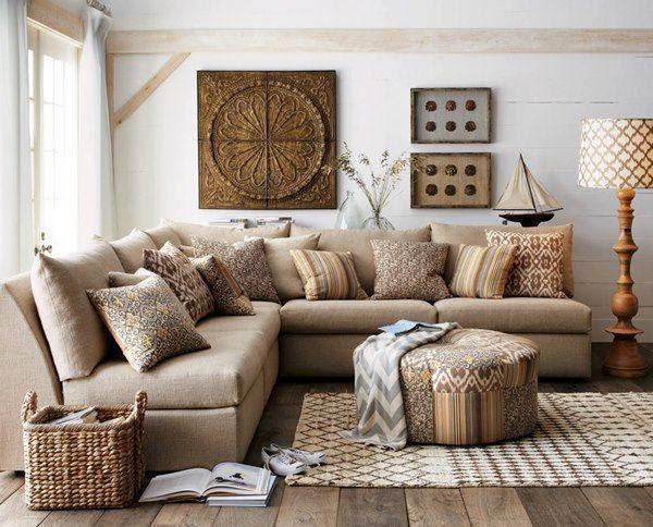 wohnzimmer-landhausstil-ecksofa-zierkissen-gemustert - Wohnideen - wohnzimmer beige braun schwarz