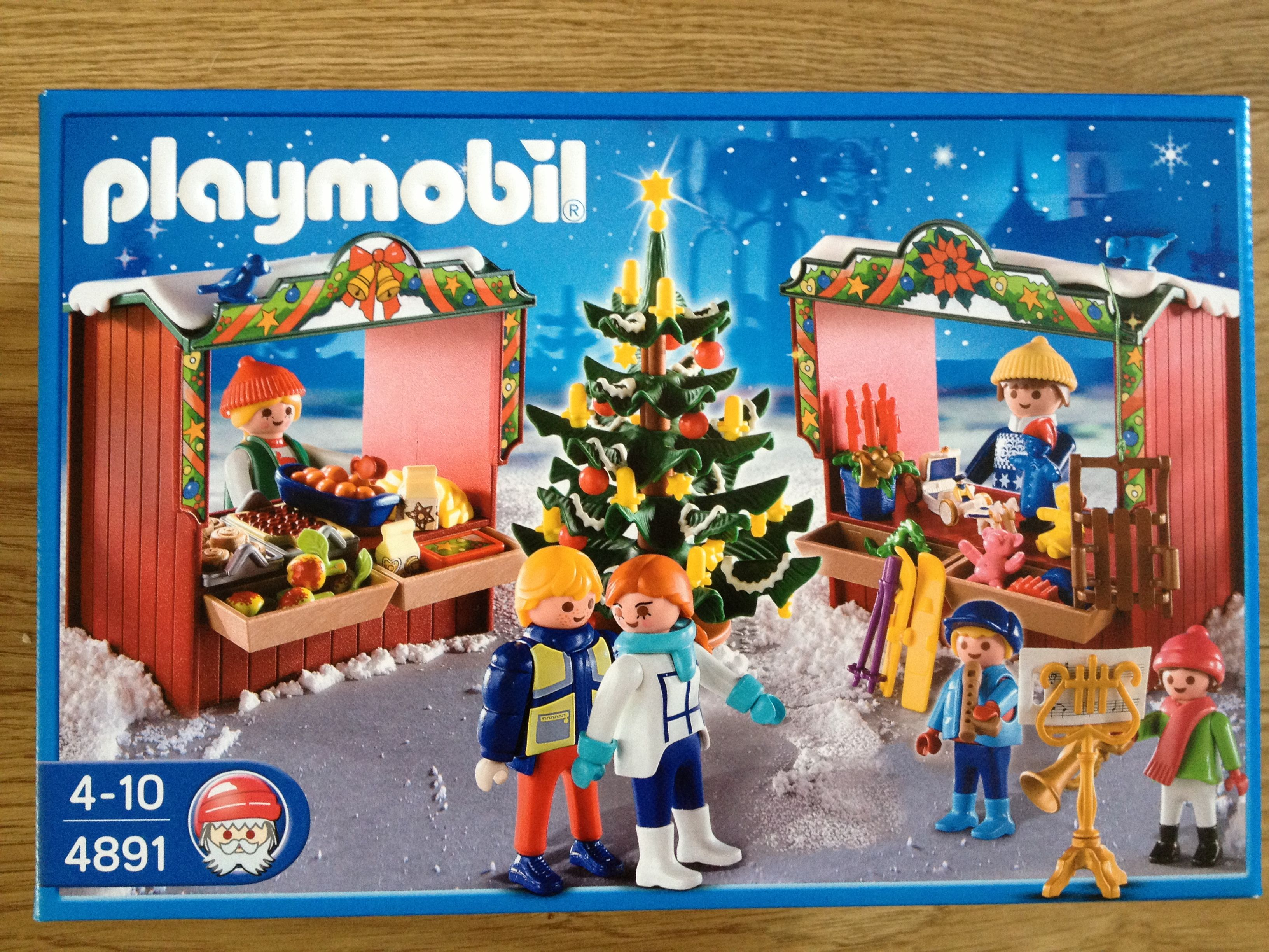 Playmobil 4891 Christmas Market. Bought for $6 at Barnes and Noble ...