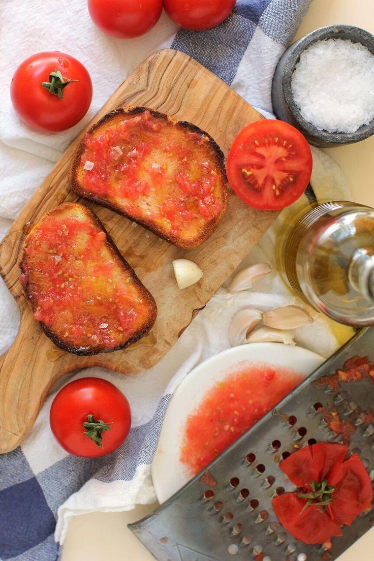 Pan con tomate spanish tomato toast spanish breakfast