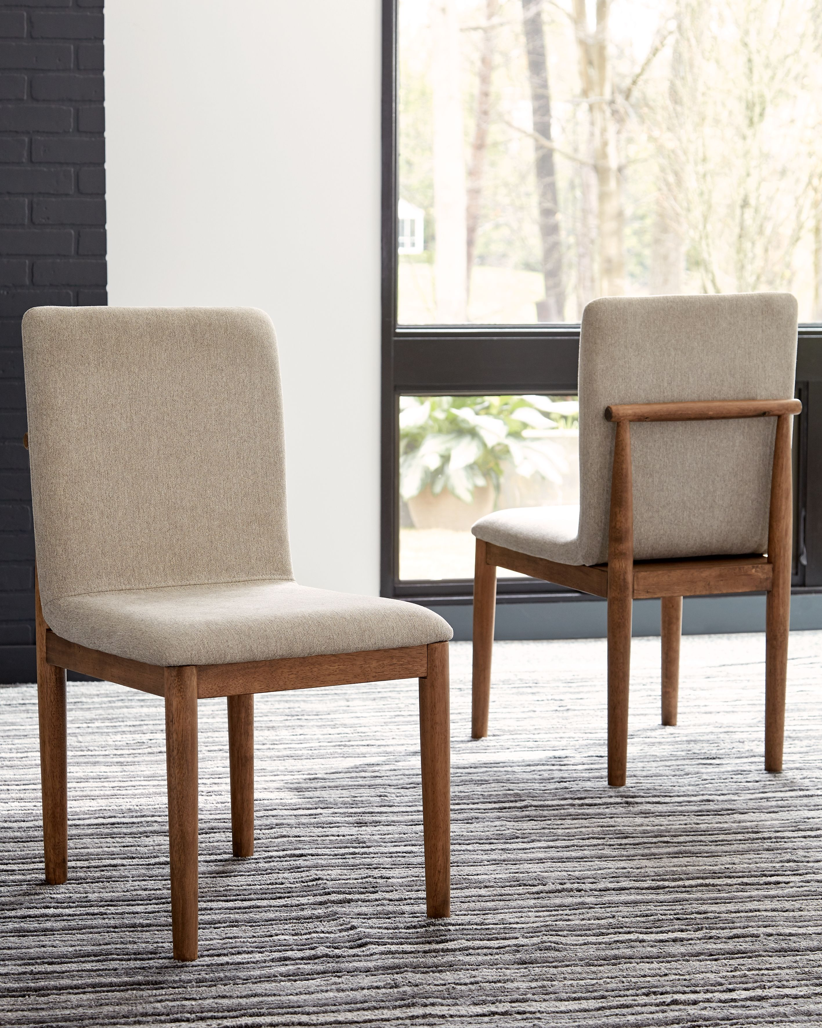 Isanti Dining Chair (Set of 2), Light Brown