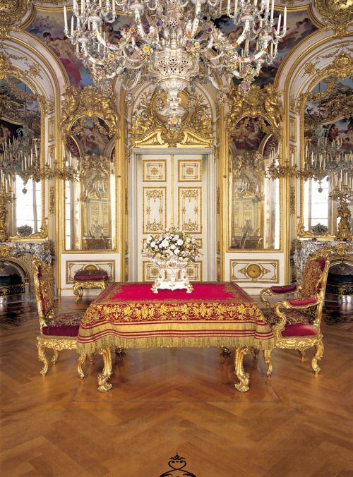 Versaillesadness Schloss Herrenchiemsee Bayern Deutschland Ig Versaillesadness Herrenchiemsee Palast Interior Schloss Linderhof