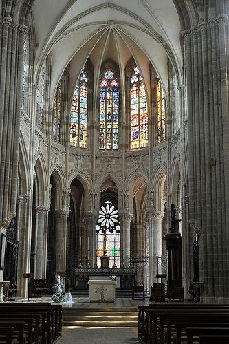 choeur gothique de la basilique d 39 evron mayenne basilique pays de la loire et la loire. Black Bedroom Furniture Sets. Home Design Ideas