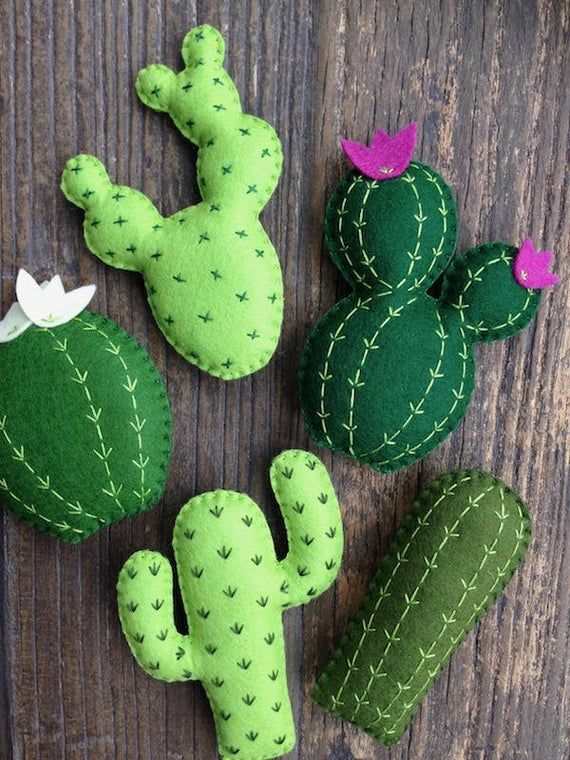 Mixed Cactus Garland, Cactus Banner, Succulents, Saguaro, Felt Cacti, Cactus Nursery, Cactus Decor, Adventure, Office Decor, Fiesta Party