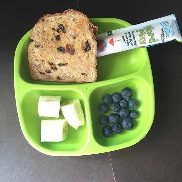 Breakfast Time 🕟 #breakfast #breakfasttime #toddlerapproved #meal #kidmeal #instagood #simplygogurt #early #instalike #kidapproved