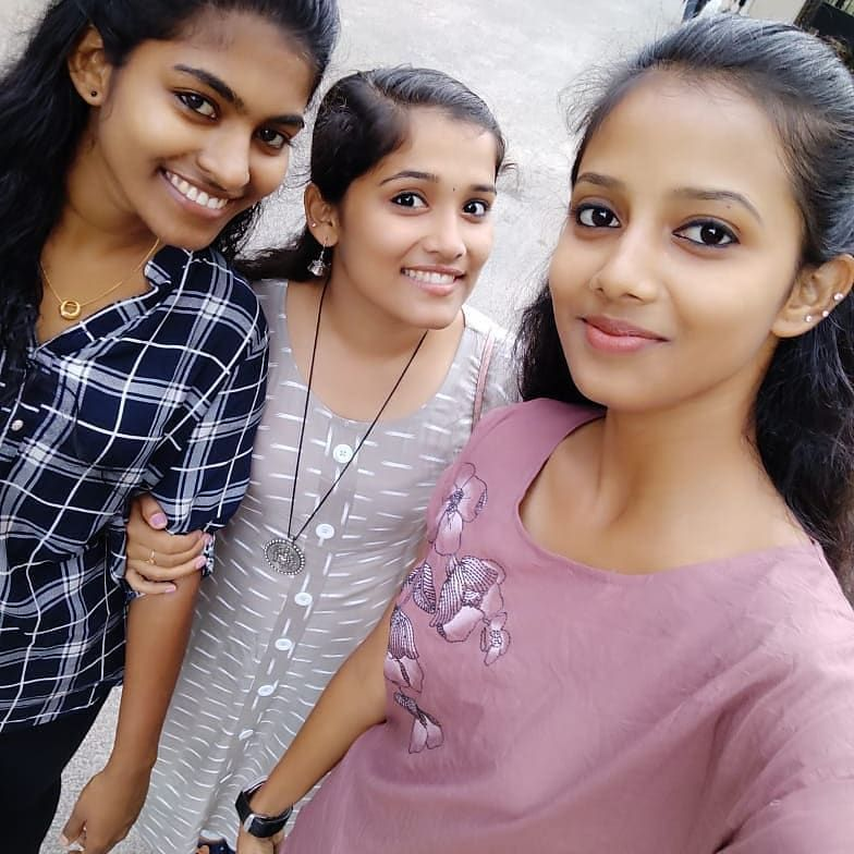 """Neethu Krishnan on Instagram: """"Best friends is equal to God 🥰""""   Cute  beauty, Indian natural beauty, Girl pictures"""