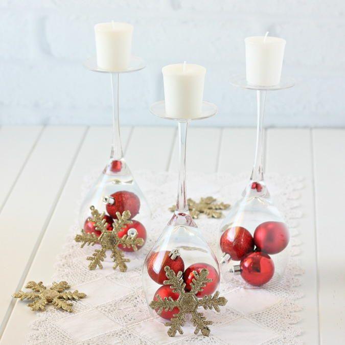 Diy Wine Glass Christmas Decorations Homerein Has A Tutorial For Th Glass Christmas Decorations Wine Glass Christmas Decorations Christmas Table Centerpieces