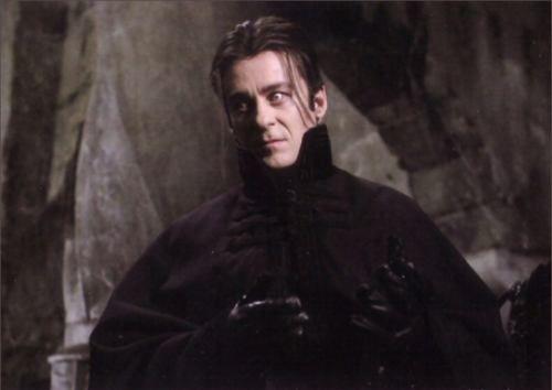 Richard Roxburgh as Count Vladislaus Dracula [Van Helsing ...