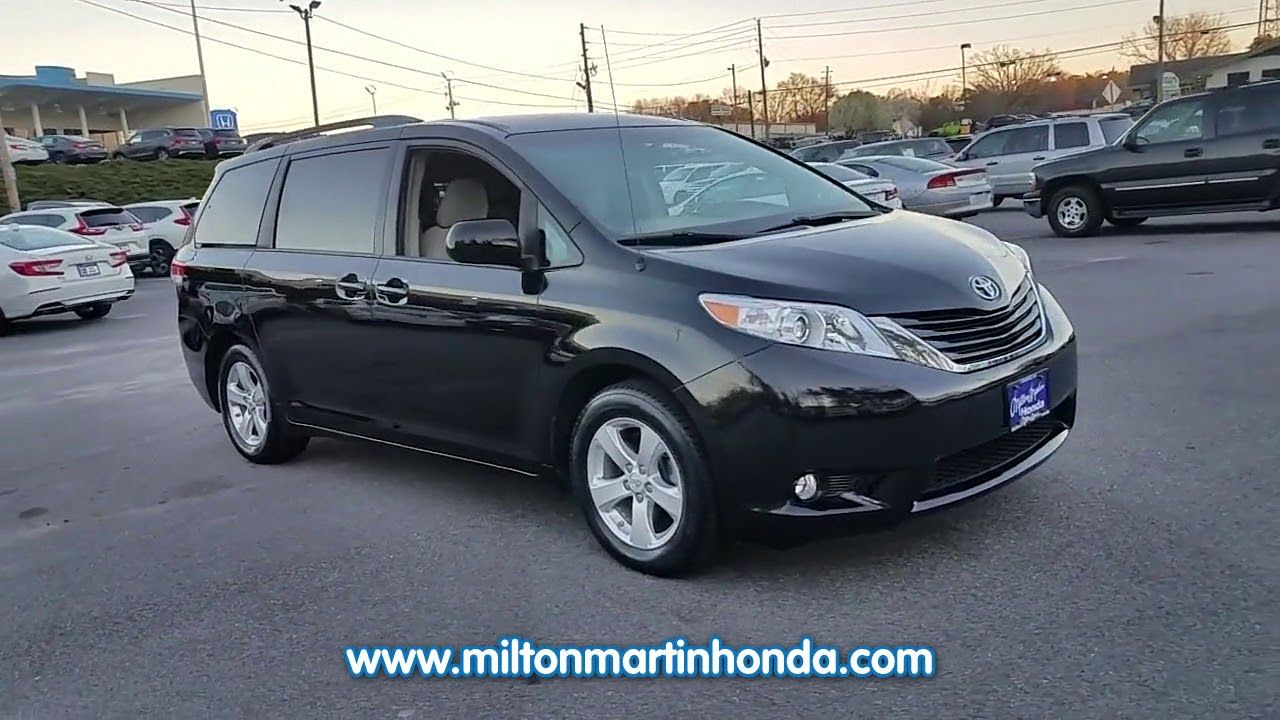 USED 2014 TOYOTA SIENNA 5DR 7 PASS VAN V6 LE AAS FWD at Milton