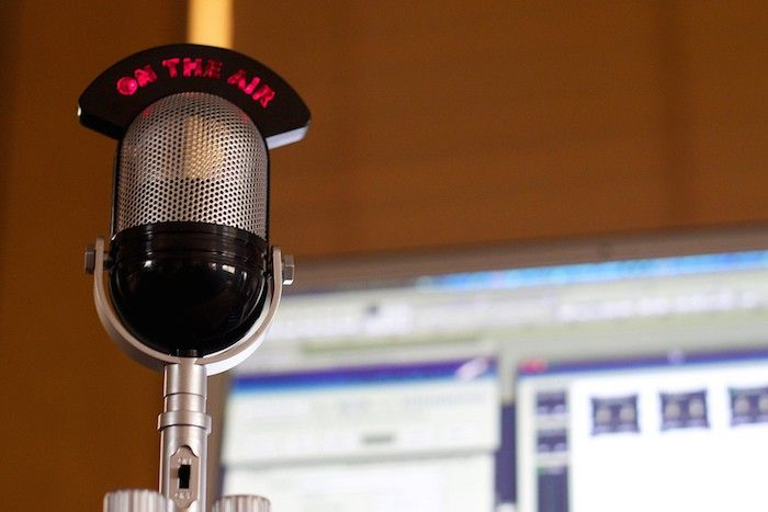 Internet Birthed The Radio Star Local Newspapers Are Hoping Online Radio Can Be A Growth Area Radio Newspapers Radio Station