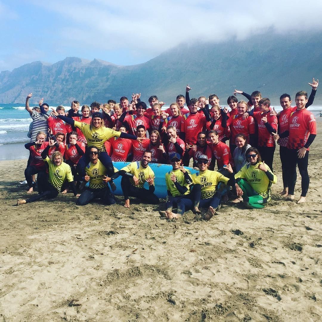 Tak til denne gruppe son vi har haft idag. Rightigt Godt og sjovt med den. Godt bølger for alle. 1000 Tak for idag og ses vi næste gang . @lasantaprocenter #famara #lanzarote #lasantaprocenter http://ift.tt/SaUF9M  #surfschool #surfcoach #surflessons #surftime #lanzarotesurf #surfschoollanzarote #lasantasurfprocenter #surfholidays