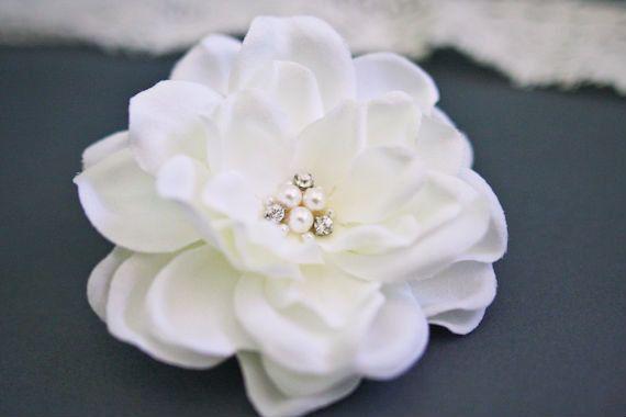Bridal Ivory Gardenia Flower Hair Clip Wedding Hairpiece By Belleblooms Wedding Flower Bridal H Hair Accessories Pearl Wedding Hair Clips Flower Hair Clips