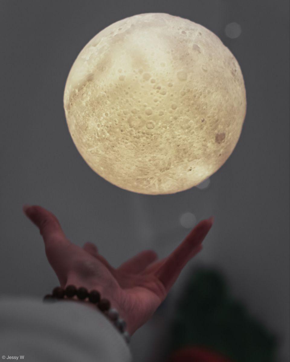 Flying Moon In 2020 Self Portrait Photography Night Light Lamp Moon