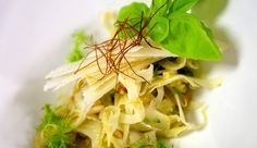 Apfel-Fenchel-Salat mit Parmesan und Orange