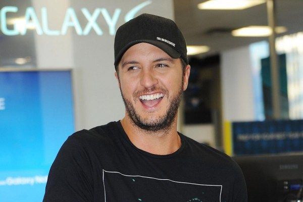 Luke Bryan Gets Energy From His Family, 'Watching People Have Fun'
