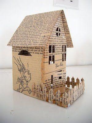 Decoración Con Papel De Periódico Reciclamos Casas Brillantes Casas De Cartón Casitas De Carton