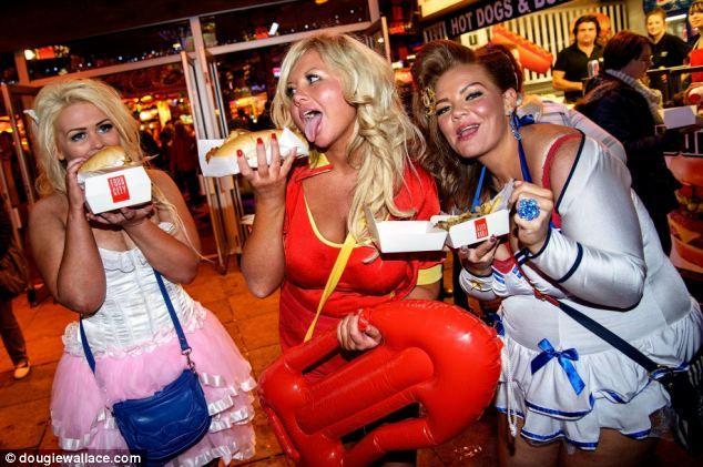 girls fucking parties Drunk at wild