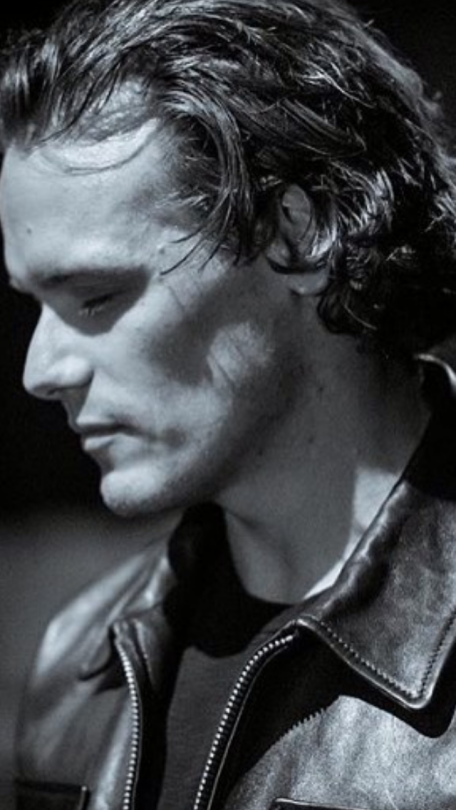 From tumblr // photo edit of Sam Heughan from a pic by www