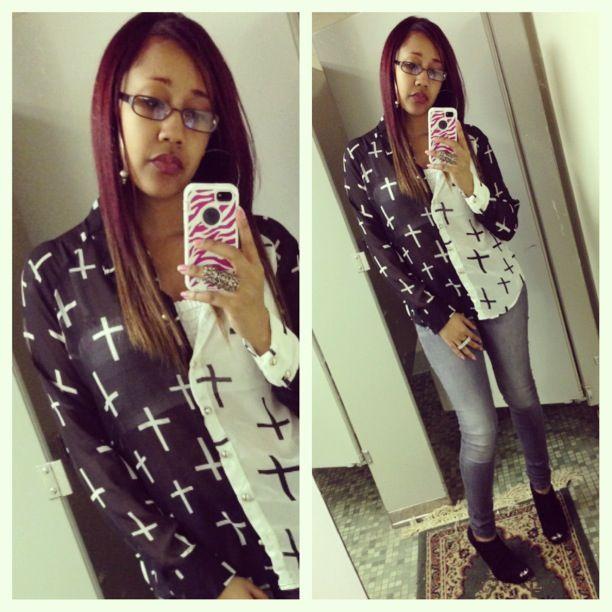 #girl #me #selfie #sexy #outfit #fashion #blackandwhite #crossshirt #heels #makeup #ombrehair #redtobrown