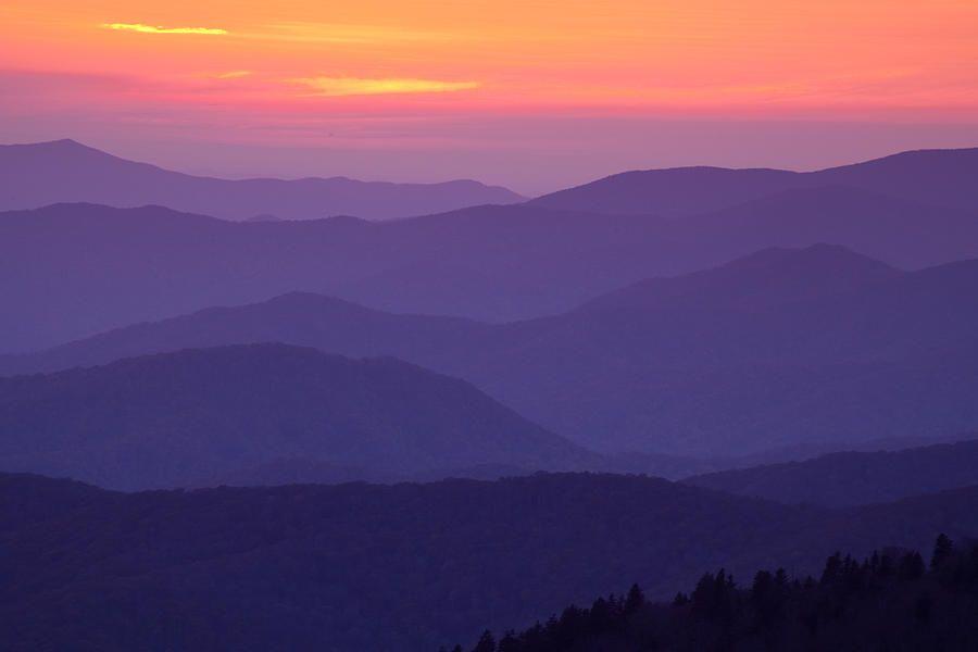 Smoky Mountain Sunset By Andrew Soundarajan Mountain Sunset Sunset Canvas Pixel Art Background