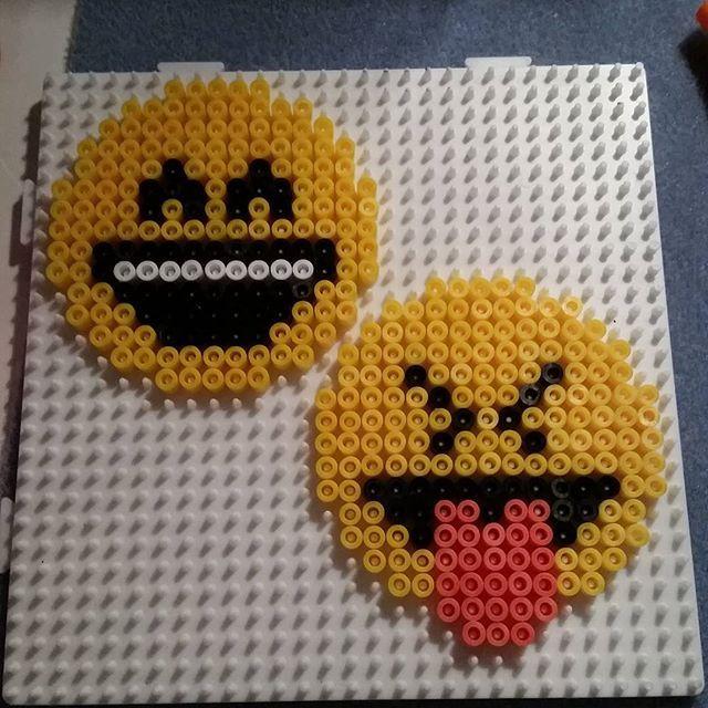 Emojis perler beads by saskia perles a repasser pinterest repasser perles et hama - Smiley perle a repasser ...