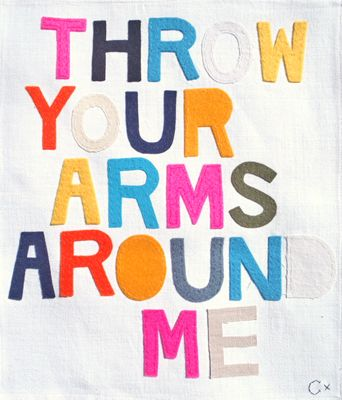 THROW YOUR ARMS AROUND ME-Pearl Jam <3 <3 fav song