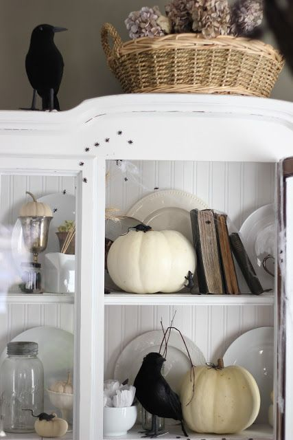 Craftberry bush mini halloween house tour with eclectically vintage and jennifer rizzo