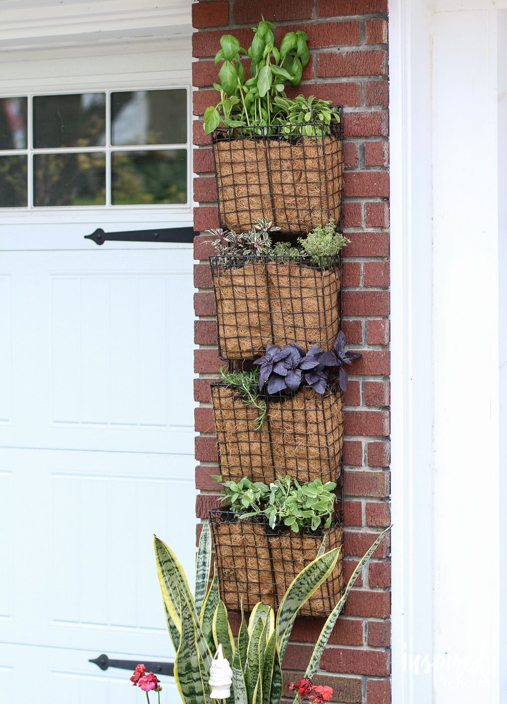 How To Create Your Own Vertical Herb Garden Vertical 400 x 300