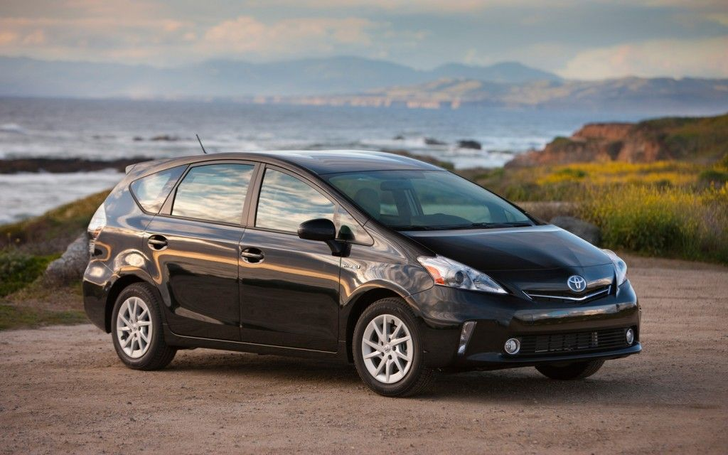 thread of the day ford c max hybrid vs toyota prius v which would you choose toyota prius ford c max hybrid prius pinterest