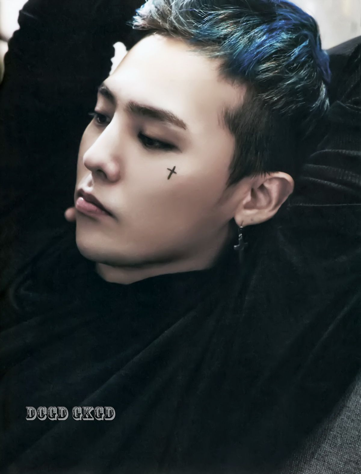 G-Dragon in Paris 2014 Photo Book