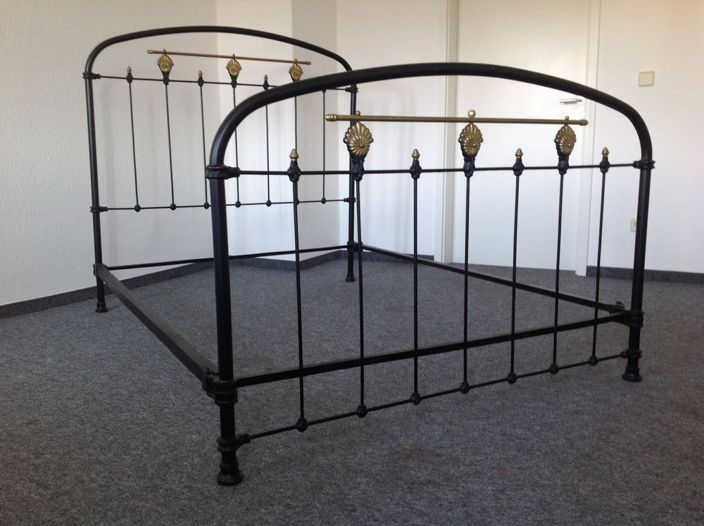 franz sisches bettgestell metallbett antik vintage jugendstil schlaf arbeits g stezimmer. Black Bedroom Furniture Sets. Home Design Ideas