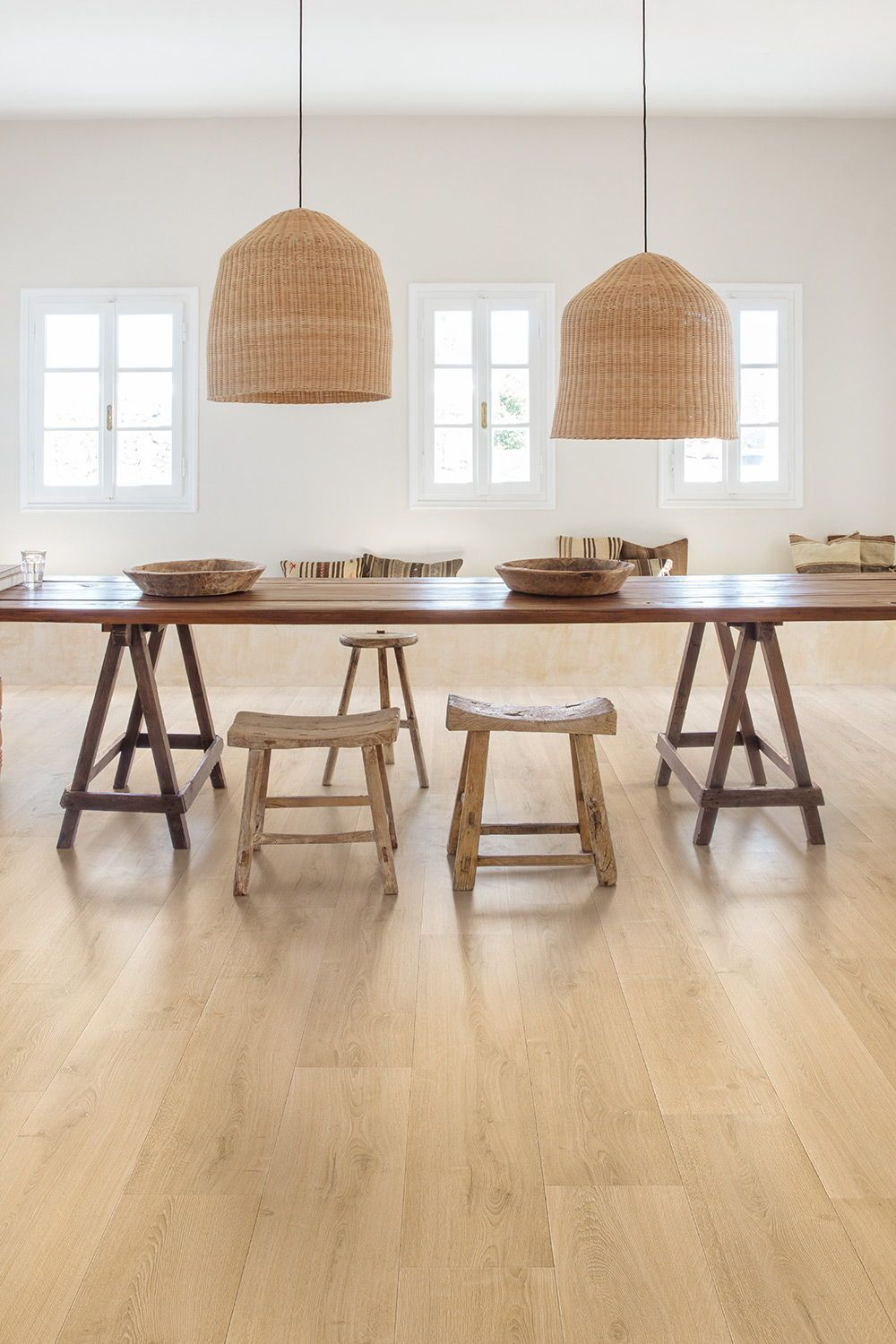 Finding The Perfect Dining Room Flooring In 2020 Country Dining