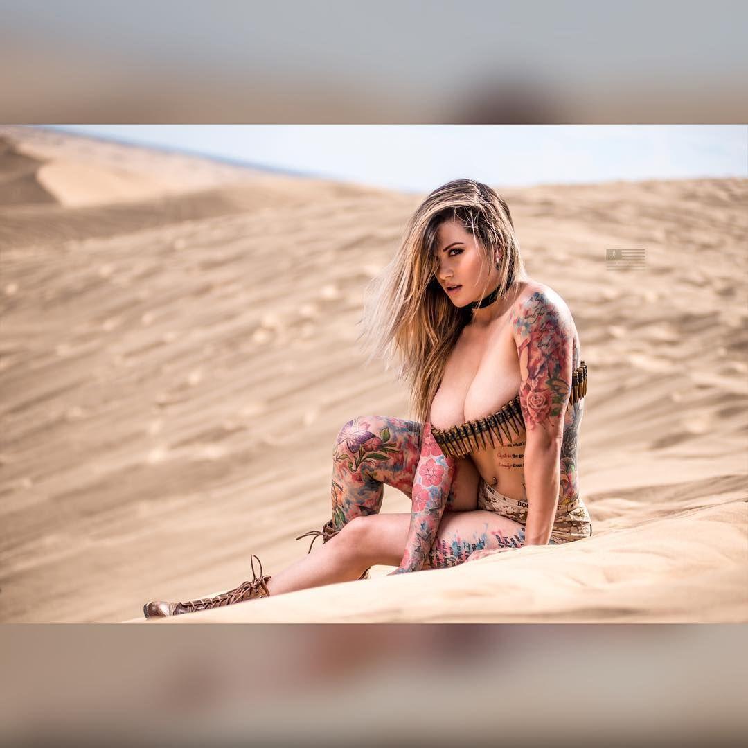 cameltoe Celebrity Nikki Nichole naked photo 2017