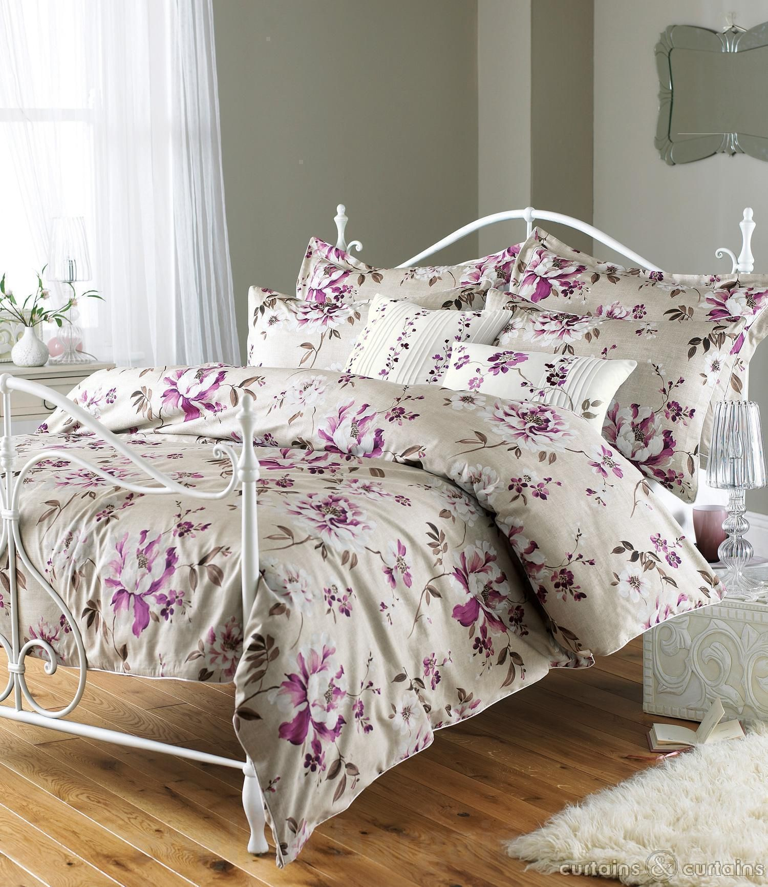 decorating design comforter htm with comforters for interior sets vintage floral room decor a beautiful bedroom white tips rose