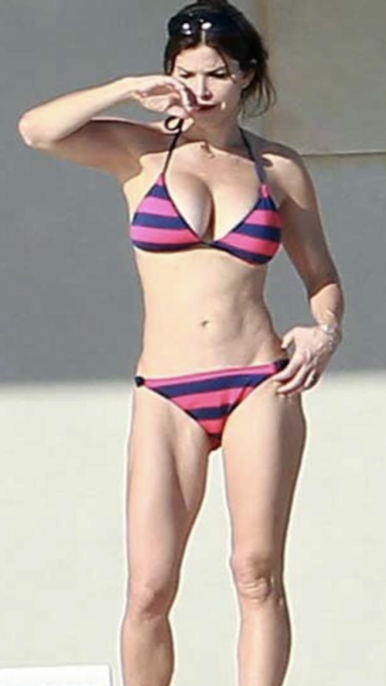 Lauren Sanchez Bikini