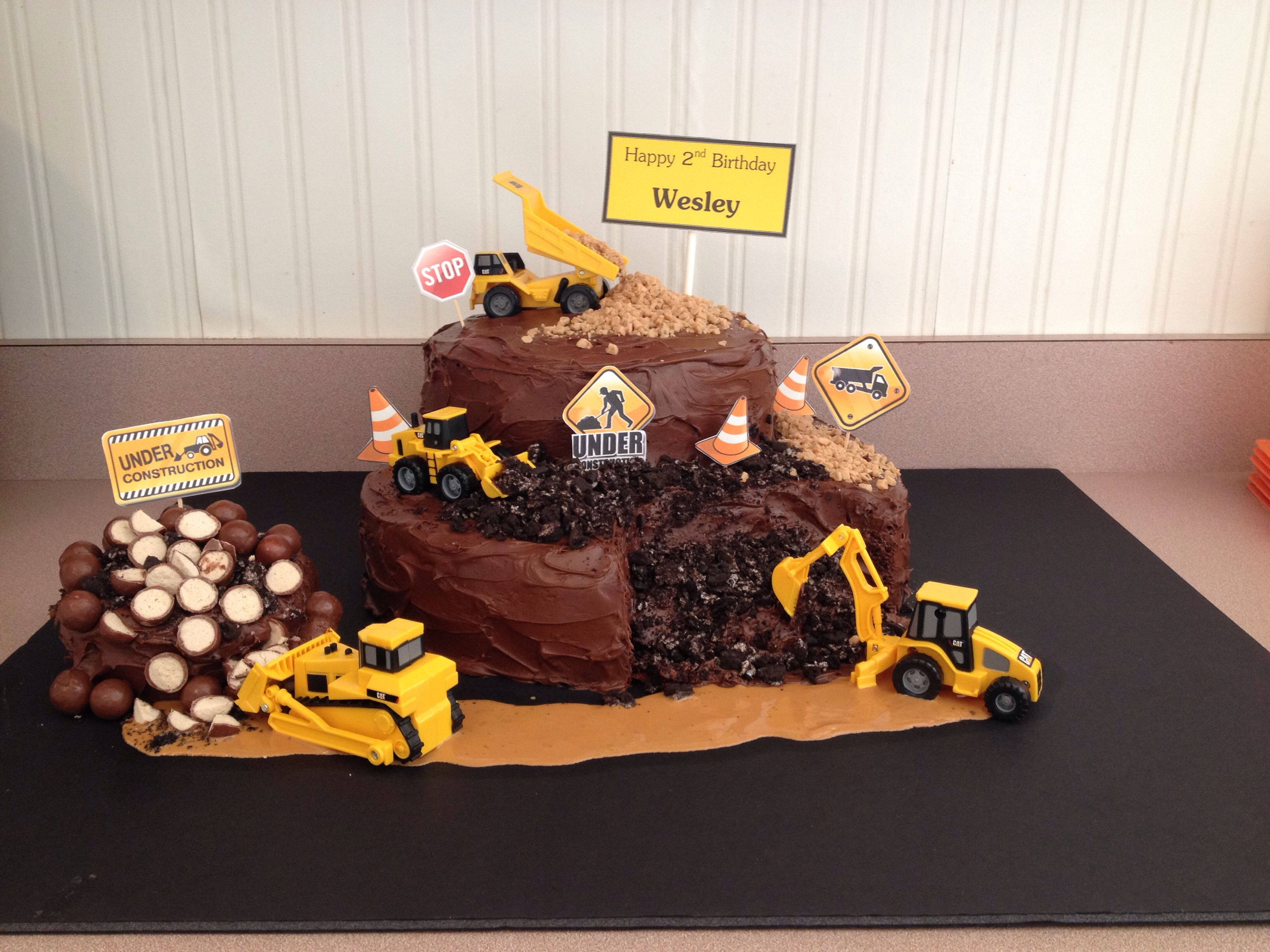 Wesley S Construction Birthday Party Cake Dump Truck Cake With