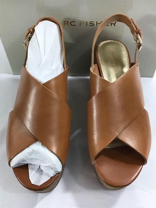 30.84$  Buy here - http://vicgt.justgood.pw/vig/item.php?t=tnnmfua6620 - Marc Fisher Platform Sesame Sandals 30.84$