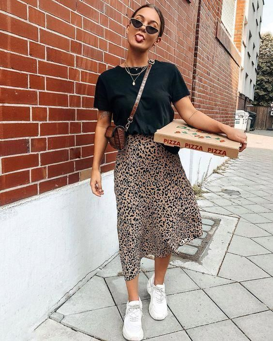 Saika Midi Skirt in Rar Leopard Brown