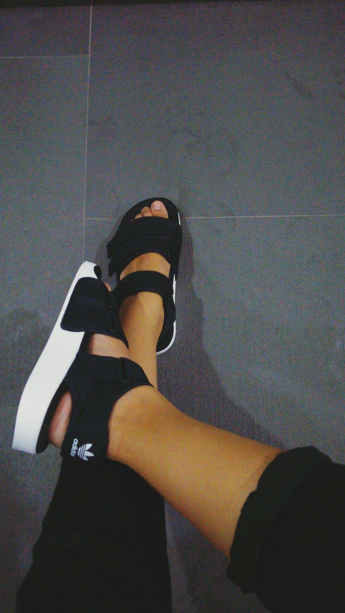 85ced085a197 Adidas Adilette chunky strap sandal - black.