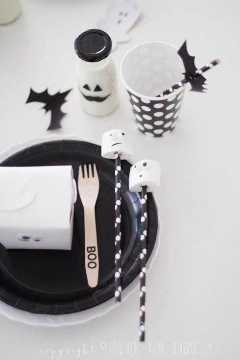 Fräulein Klein : Halloween Party - DIY Wabenball Kürbis