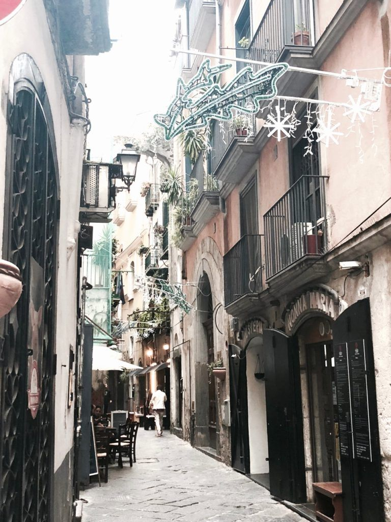Salerno Sehenswürdigkeiten - Das Tor zur Amalfiküste ...