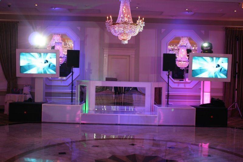 Wedding Dj Images Wedding Dj Booth Wedding Dj Setup Dj Setup