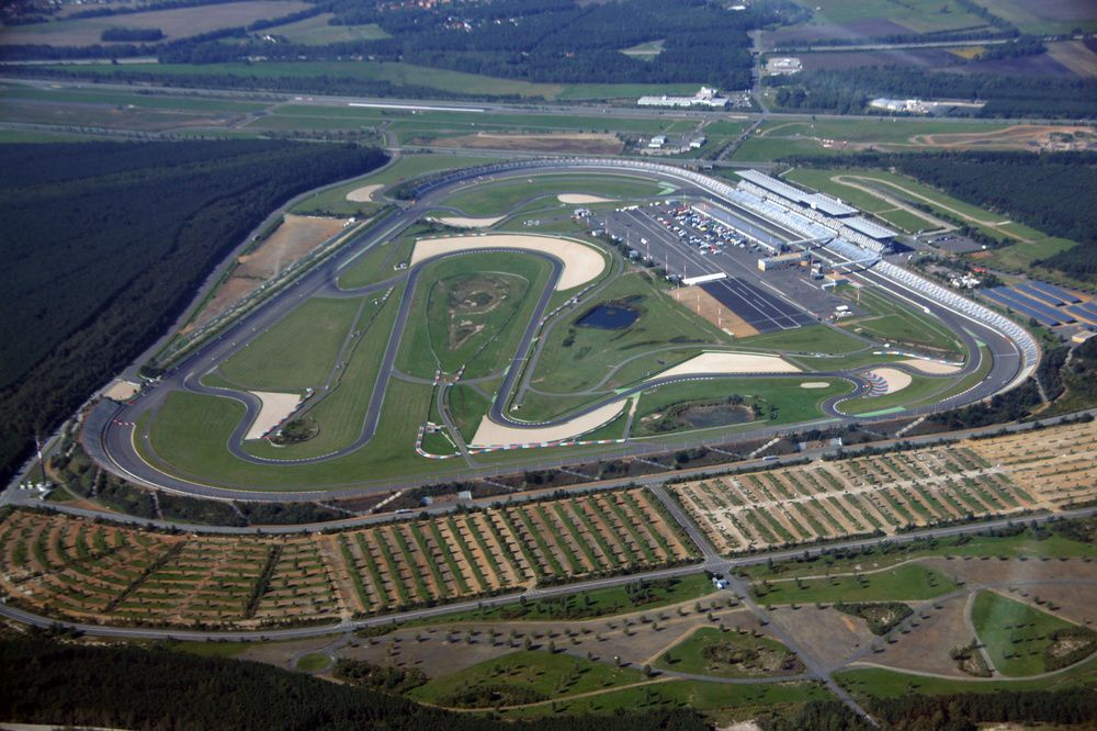 Calabogie Race Track >> Pin by Román Iribe on Race Tracks | Racing, Baseball field, Sports